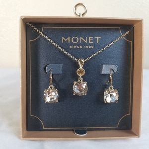 Monet necklace and earrings amber en gold tone